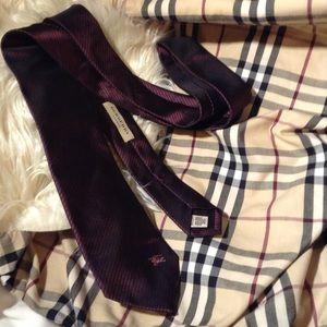 BURBERRY - silk tie
